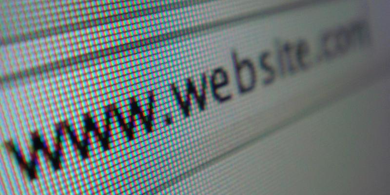 Coût création site web : nom de domaine