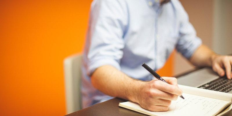 Coût création site web : rédaction des contenus