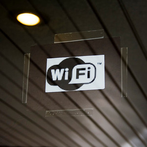 email Wi-Fi public
