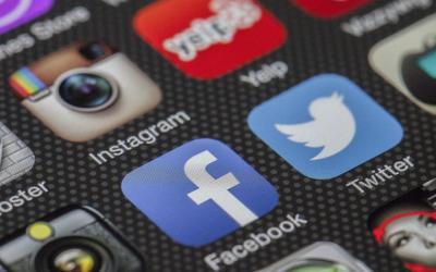 Comprendre l'évolution des réseaux sociaux grâce aux recherches des internautes